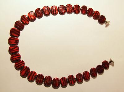 שרשרת אדומה